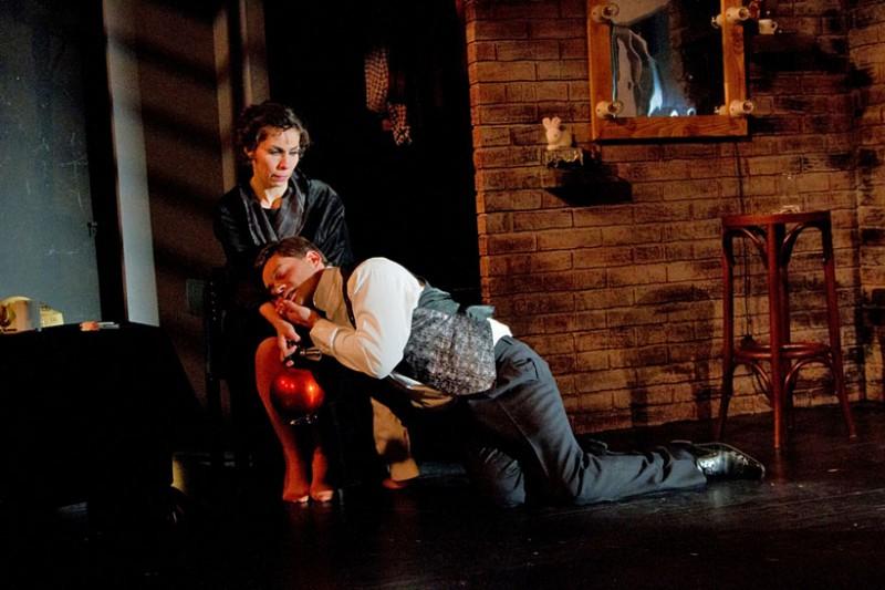 Két összeillő ember @ Pelikán Kamaraszínház